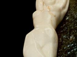 Marmer liggend naakt 2.jpg